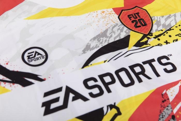 Fifa 20 Ultimate Team™ Away Jersey - Large [Vain GameStopista]